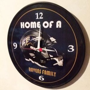 BALTIMORE RAVENS FAMILY - 12 INCH WALL CLOCK